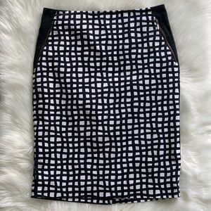 The Limited Black/White Pencil Skirt